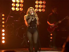 Shakira - Can't Remember to Forget You ECHO 2014