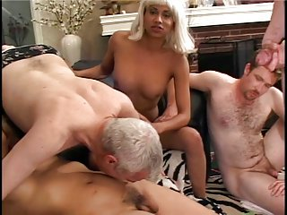 Sexy tranny gets head while getting rimmed