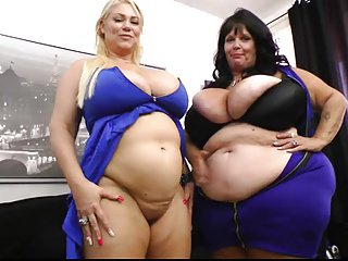 BBW Belly Play