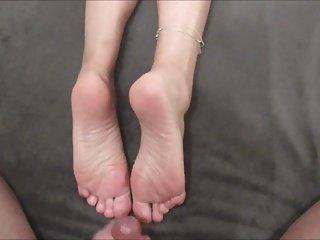 Cum over her soles