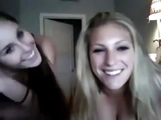 The 2 hottest girls of my class on webcam