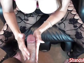 Kinky Milf Shanda Fay Gives Sucks Cock in Stockings!