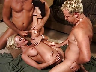 Super Ultra Milf Houston 3