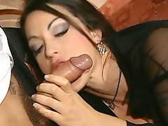 Young lady loves getting fucked by old man (HD)